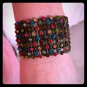 Jewelry - Sparkling Multi colored crystals stretch bracelet